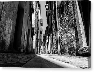 Walking Through The Streets Of Pretoro - Italy  Canvas Print by Andrea Mazzocchetti