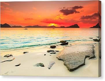 Seascape Canvas Print by MotHaiBaPhoto Prints