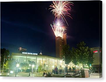 2017 Three Rivers Festival Aep Fireworks Canvas Print