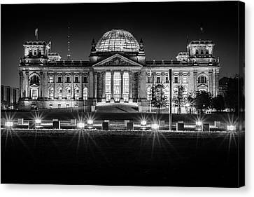 Berlin At Night - Reichstag Canvas Print by Colin Utz