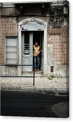 Door No 7 Canvas Print by Marco Oliveira