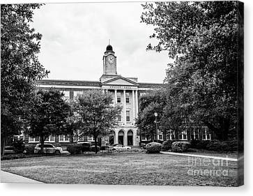 Mississippi College - Nelson Hall Bw Canvas Print