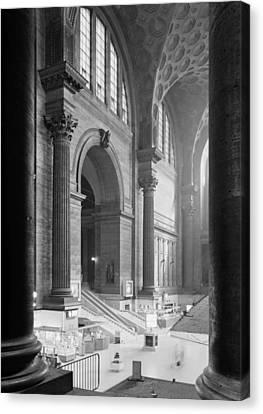 Pennsylvania Station, Interior, New Canvas Print by Everett