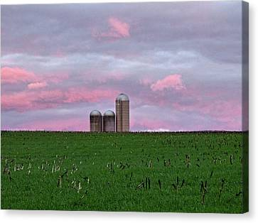 Canvas Print featuring the photograph 3 Silos by Robert Geary