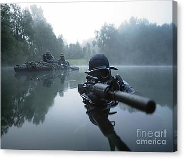On The Move Canvas Print - Special Operations Forces Combat Diver by Tom Weber