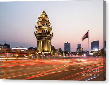Sunset Over Phnom Penh Canvas Print by Didier Marti
