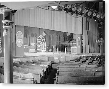 The Grand Ole Opry, Circa 1960s Canvas Print by Everett