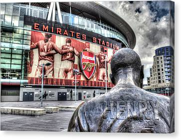 Thierry Henry Statue Emirates Stadium Canvas Print