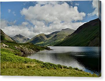 Wastwater Lake District Canvas Print by Sarah Couzens