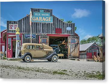 '34 Ford Sedan At Blue Water Garage Canvas Print