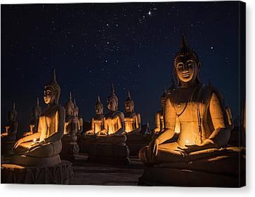 Buddha Statue  Canvas Print by Anek Suwannaphoom