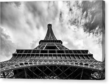 Canvas Print featuring the photograph Paris by Hayato Matsumoto