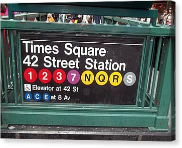 42 Street Station Nyc Canvas Print by Brianna Thompson