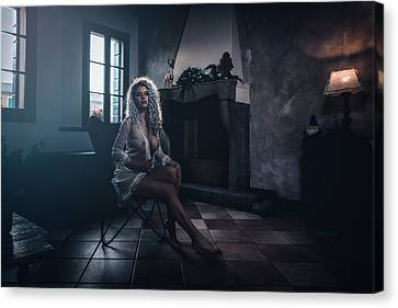 Canvas Print featuring the photograph Tu M'as Promis by Traven Milovich