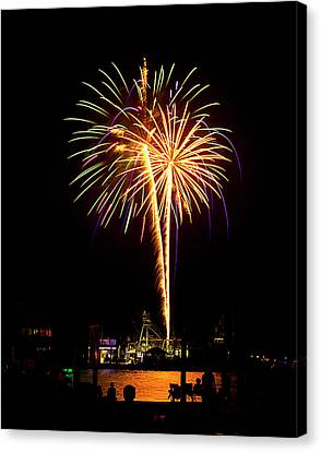 Canvas Print featuring the photograph 4th Of July Fireworks by Bill Barber