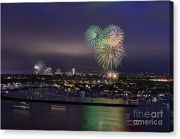 4th Of July Fireworks Canvas Print by Eddie Yerkish