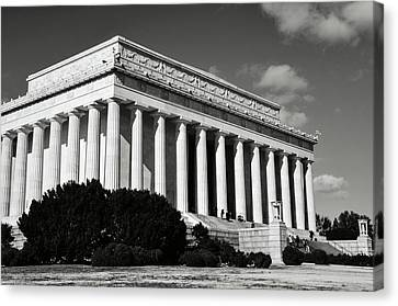 Lincoln Memorial Canvas Print - Lincoln Memorial In Washington Dc by Brandon Bourdages