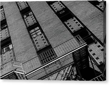 Canvas Print featuring the photograph 5 Park Street by Bob Orsillo