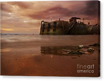 The Low Tide Canvas Print
