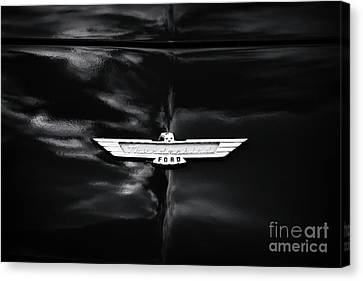 Canvas Print featuring the photograph 57 Thunderbird by Tim Gainey