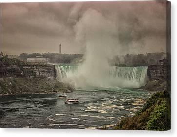 Niagara Falls Canvas Print by Martin Newman