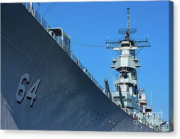 64 Battleship Wisconsin Canvas Print by Jerry Fornarotto