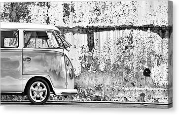 66 Splitty Monochrome Canvas Print