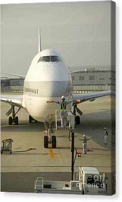 747 Jumbo Jet Canvas Print by Inga Spence