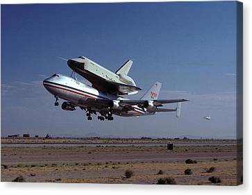 747 Takes Off With Space Shuttle Enterprise For Alt-1 Canvas Print by Brian Lockett