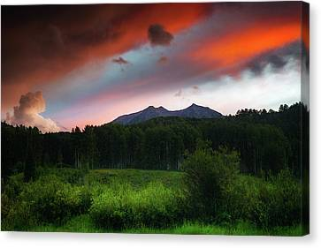 Canvas Print featuring the photograph A Colorado Mountain Sunset by John De Bord
