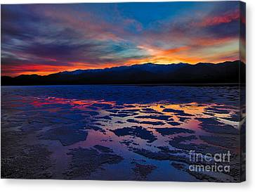 A Death Valley Sunset In The Badwater Basin Canvas Print by Kim Michaels