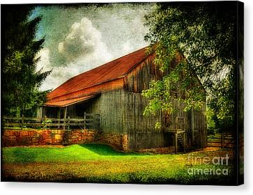 A Farm-picture Canvas Print by Lois Bryan