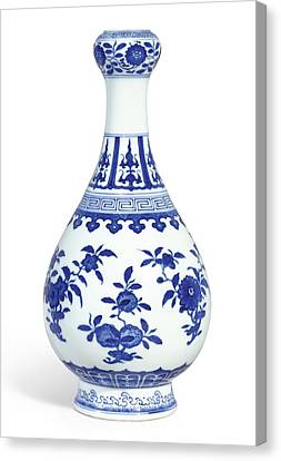 A Fine Blue And White 'sanduo' Garlic-mouth Bottle Vase Seal Mark And Period Of Daoguang Canvas Print