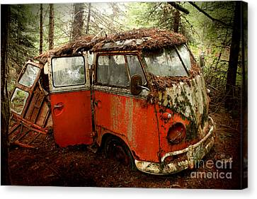A Forgotten 23 Window Vw Bus  Canvas Print by Michael David Sorensen