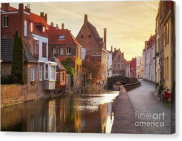 A Morning In Brugge Canvas Print by JR Photography