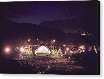 A Night Performance At The Hollywood Canvas Print by B. Anthony Stewart