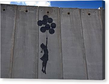 A Painting On The Israeli Separartion Canvas Print by Keenpress