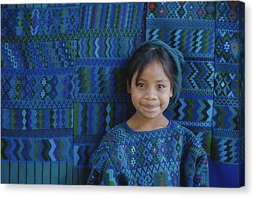 A Portrait Of A Guatemalan Girl Canvas Print by Raul Touzon