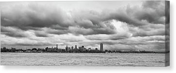 A Rotten Day In Buffalo  9230 Canvas Print by Guy Whiteley