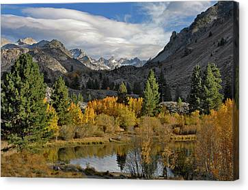 A Sierra Mountain View Canvas Print by Dave Mills