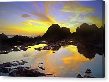 Canvas Print featuring the photograph A Splatter Paint Sunset by Tara Turner