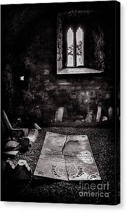 Canvas Print featuring the photograph A Tombstone In Sligo Abbey Bw by RicardMN Photography