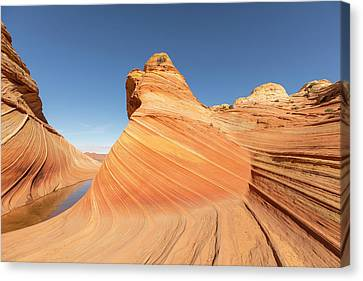 Canvas Print - A Valley And The Wave by Tim Grams