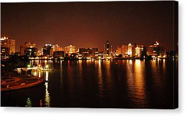 A View From The Bridge Canvas Print