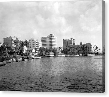 A View Of Miami Canvas Print by Underwood Archives