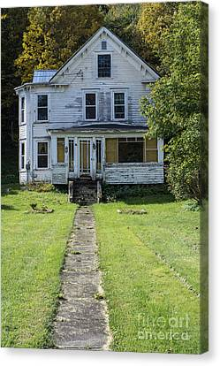 Abandoned Home, Lyndon, Vt. Canvas Print