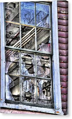Canvas Print featuring the photograph Abandoned by Alana Ranney