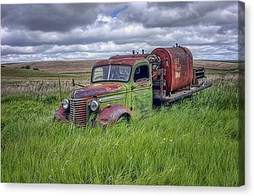 Abandoned Chevy Truck - Rusty Vehicles Canvas Print