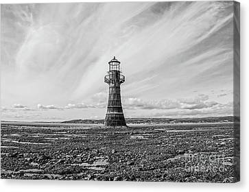 Canvas Print featuring the photograph Abandoned Light House Whiteford by Edward Fielding