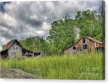 Barn Storm Canvas Print - About To Storm by Pete Hellmann